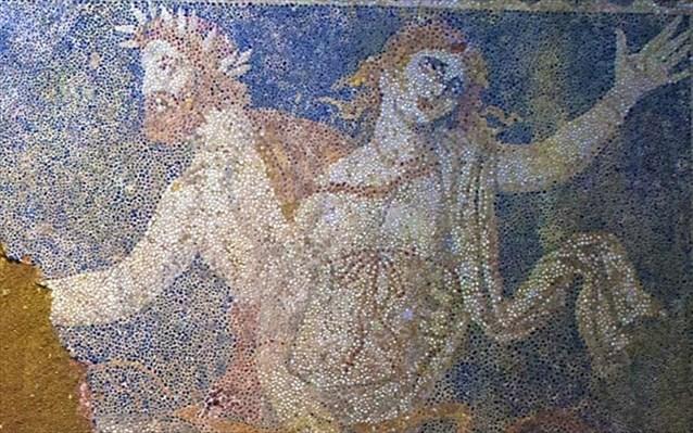 Αισιοδοξία των αρχαιολόγων για την αποκατάσταση του ψηφιδωτού δαπέδου στην Αμφίπολη